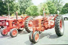 1940s Case tractors r-l:DC & SC