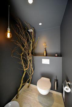 Première mise en peinture et décoration: le wc - Construction d'une Maison Thomas et Piron Wc Decoration, Wc Design, Design Ideas, Toilette Design, House Painting, Minimalist Design, Small Bathroom, Office Decor, Interior Decorating