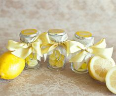 love these sweet little lemon-themed, DIY gifts. good for weddings, summer parties, easter, ...