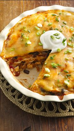 """Speedy Layered Chicken Enchilada Pie Recipe weeknight dinner ~ """"Very easy, full of flavor and no leftovers! Chicken Enchilada Pie Recipe, Chicken Enchiladas, Chicken Recipes, Enchilada Pasta, Enchilada Casserole, Mexican Dishes, Mexican Food Recipes, Cookbook Recipes, Cooking Recipes"""