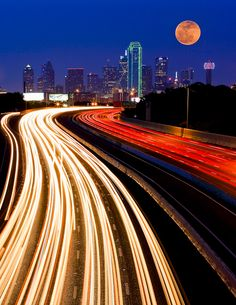 Manish Mamtani Photography - Dallas Skyline and The Super Moon - This is a composite of 2 images. One shot for the light trails and one shot for the Moon. Dallas Skyline, Oh The Places You'll Go, Places To Visit, Dallas Texas, Dallas Downtown, Dallas Map, Visit Dallas, Super Moon, All Nature