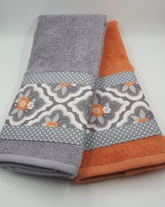 Bathroom Hand Towel Coral Grey White Floral by TheCottonHaven - Decorating Ideas For Bathroom Towels - Bathroom Towel Bathroom Towel Decor, Bathroom Colors, Bathroom Images, Bathroom Design Small, Decorative Hand Towels, Towel Crafts, Embroidered Towels, Luxury Towels, Room Essentials