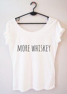 Bluzka damska z napisem more whiskey