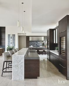 Exceptional modern kitchen room are readily available on our website. Luxury Kitchen Design, Kitchen Room Design, Contemporary Kitchen Design, Home Decor Kitchen, Interior Design Kitchen, Kitchen Furniture, New Kitchen, Home Kitchens, Kitchen Ideas