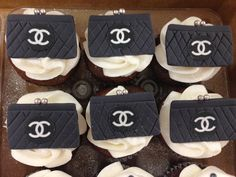 Chanel Purse Cupcake Toppers by SugarBabiesCupcakery on Etsy Princess Cake Pops, Princess Cupcake Toppers, Edible Cupcake Toppers, Fondant Toppers, Fondant Cupcakes, Cupcake Cakes, Chanel Cookies, Chanel Cupcakes, Chanel Cake