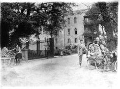 Zdjęcie numer 0 w galerii - Stary Zamek i Pałac w Świerklańcu na archiwalnych zdjęciach
