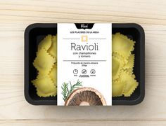 Vissi Pasta (Student Project) on Packaging of the World - Creative Package Design Gallery # Food and Drink logo creative Vissi Pasta (Student Project) Rice Packaging, Food Packaging Design, Packaging Design Inspiration, Packaging Ideas, Ravioli, Food Design, Pasta Shop, Creative Food, Creative Package
