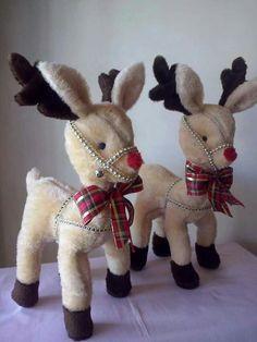 rendier / renos - 1 of Christmas Moose, Christmas Sewing, Pink Christmas, Christmas Projects, Christmas Humor, Christmas Stockings, Christmas Holidays, Christmas Decorations, Christmas Ornaments