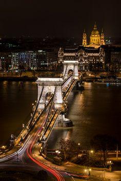 Széchenyi Lánchíd - Chain Bridge, Budapest, Hungary