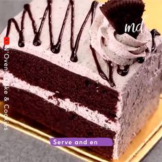 Anything with Oreos in it, count me in! Chocolate Cake Recipe Videos, Oreo Cake Recipes, Chocolate Cookie Recipes, Homemade Cake Recipes, Fun Baking Recipes, Snack Recipes, Chocolate Cheesecake, Snacks, Easy Indian Dessert Recipes