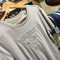 Fotoğraf açıklaması yok. Hang Ten, Halloween Art, Applique, Polo, Mens Fashion, Paris, Detail, Sweatshirts, T Shirt