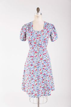 Vintage 40s Dress Barefoot Meadows Printed by stutterinmama