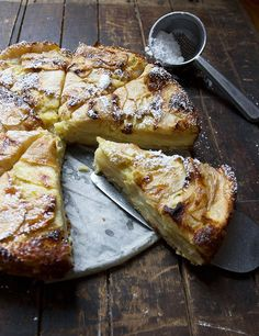 Apple Cake Invisible Apple Cake - quick, easy, delicious and great for any time of day!Invisible Apple Cake - quick, easy, delicious and great for any time of day! Just Desserts, Delicious Desserts, Yummy Food, Apple Cake Recipes, Dessert Recipes, Apple Cakes, Easy Apple Cake, Apple Deserts Easy, Apple Recipes Easy Quick