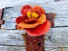 Happy Flowers, Felt Flowers, Mothers Day Presents, Mother Day Gifts, Birthday Delivery, Birthday Gifts, Happy Birthday, Autumn Leaves, Orange Brown