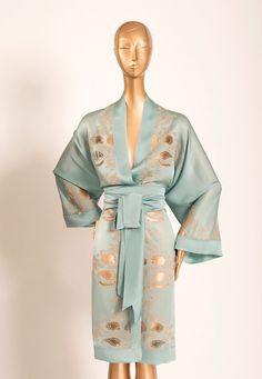 I love the sash on this Carine Gilson Look Summer 2016 robe