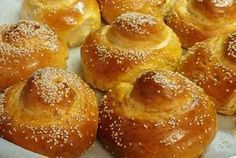 Tsoureki for fasting ( dairy free no egg) Greek Sweets, Greek Desserts, Greek Recipes, Vegan Desserts, Homemade Slushies, Greek Easter Bread, Greek Cake, Food Network Recipes, Cooking Recipes