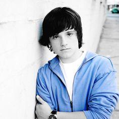 aww, baby Josh (Josh Hutcherson)