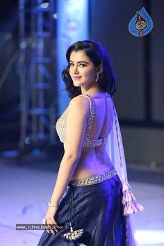 Beautiful Girl Photo, Beautiful Girl Indian, Beautiful Women, Beauty Full Girl, Beauty Women, Desi Girl Image, Most Beautiful Bollywood Actress, Beautiful Actresses, Indian Girls Images