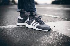 adidas Originals Iniki: Grey