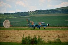 Photos - RCAF operate over Romania; A comes in for a landing Military Helicopter, Military Aircraft, Mig 21, Romania, Landing, Fighter Jets, Exercises, Aviation, 21st