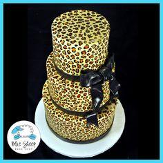 Sweet 16 Leopard Print Cake cakepins.com
