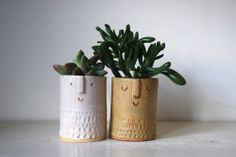 Small and adorable ceramic planters Atelier Stella - sweet mid-century-inspired.
