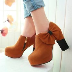 Suede Upper Side Bow Decor Chunky Heel Booties @ MayKool.com