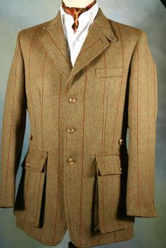 Just discovered Bookster Tailoring, amazing garments! The site is addictive! Tweed Shooting Jacket, Tweed Jacket, Norfolk Jacket, British Style Men, Dapper Suits, Mens Leather Coats, Country Attire, Versace Men, Gucci Men