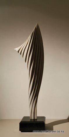 Marble wing reverse - Anna Korver