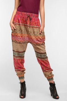 Urban Outfitters - Staring At Stars Majestic Lounge Pant...speaking of parachute pants.