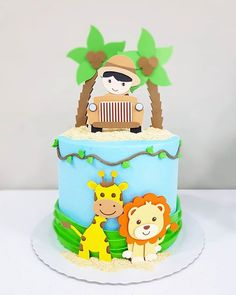 Bolo safári com cobertura de Chantininho Baby Boy Birthday Cake, Safari Theme Birthday, Animal Birthday Cakes, 1st Birthday Cakes, Jungle Theme Cakes, Cake Decorating Designs, Different Cakes, Cakes For Boys, Girl Cakes