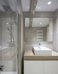Reforma n rdica en madrid for the home scandinavian interiors pinterest puertas - Chantelle bano ...