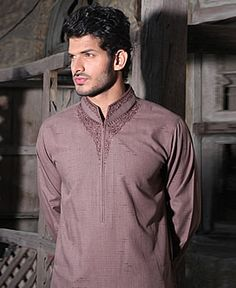 Eden Robe spring summer collection 2013 for men have recently launched, in which stunningly and stylish kurta shalwar were added in bright shades. Mens Shalwar Kameez, Kurta Men, T Shirt Design Software, Boys Kurta Design, Mens Ethnic Wear, Pakistani Kurta, Latest Mens Wear, Kurta Style, Recycled Dress