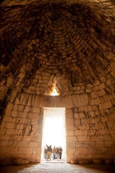 Tholos of Atreus (inside) - Mycenae (Greece)
