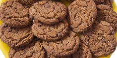 Ingrédients (pour une trentaine de cookies)  220g de farine de blé de type 55 120g de sucre 60g de beurre 1 œuf entier 300g de chocolat noir...