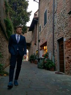 Colle di Buggiano, Emanuele  Amicucci indossa Alessandro, il nostro mocassino in pelle