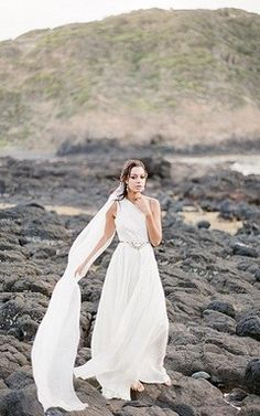 Hippie One-Shoulder A-Line Chiffon Wedding Dress