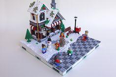 Lego Christmas Village, Lego Winter Village, Noel Christmas, Christmas Town, Christmas Ideas, Lego Gingerbread House, Casa Lego, Lego Display, Toys
