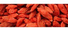 #Goji. La planta de goji es originaria de China y tiene flores color rosado o violeta y bayas rojas. Las bayas de goji son muy consumidas en Tíbet e Himalaya sobre todo por sus extraordinarias propiedades antioxidantes. Estas bayas resultan ser una excepcional fuente de nutrientes:... | TeQuieroBio.com