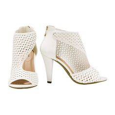 """Chic Perforated Sandal 