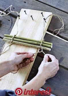 Make a can of jars Make a can of jars is part of Garden crafts - Article Gallery Ideas] Twig Crafts, Bamboo Crafts, Diy Home Crafts, Easy Home Decor, Nature Crafts, Garden Crafts, Garden Projects, Garden Art, Wood Crafts