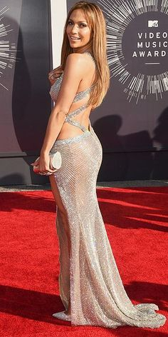 MTV Video Music Awards 2014 - Jennifer Lopez in a Charbel Zoe gown, Jimmy Choo shoes and Thalé Blanc clutch.