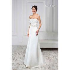 Svadobné šaty zdobené stuhou Vitalia Strapless Dress Formal, Formal Dresses, Wedding Dresses, Fashion, Formal Gowns, Alon Livne Wedding Dresses, Fashion Styles, Weeding Dresses, Formal Dress