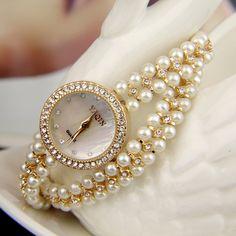 Relojes de muñeca - Reloj elegante con perlas blancas - hecho a mano por edlwise