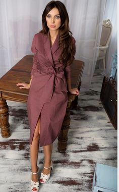 The maxi dress features turn-down collar and long sleeve. Shirt style with collar and button down closure. Classy Casual, Classy Outfits, Modest Fashion, Women's Fashion Dresses, Cute Dresses, Casual Dresses, Elegant Outfit, Dress Skirt, Evening Dresses