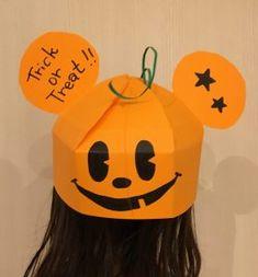 画用紙のキャラクター帽子DIYでハロウィンの仮装を♪ディズニーからサンリオまで色んな帽子の簡単な作り方♪ハロウィンに手作りコスチュームで仮装をしよう⑨ Happy Halloween, Halloween Party, Halloween Costumes, Diy And Crafts, Arts And Crafts, Paper Crafts, Trick Or Treat, Treats, Activities
