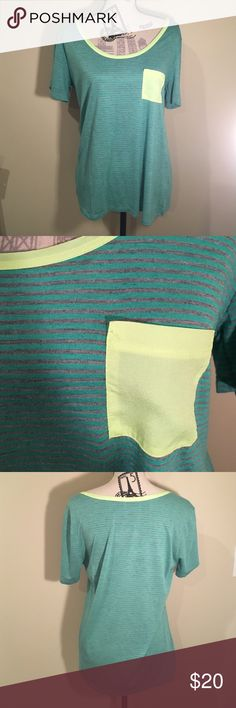 ⭐️SALE⭐️ Two Chic Boulevard Striped Top Has neon yellow pocket and collar accents. It is a size large. Does come with tag and has never been worn. Two Chic Blvd Tops Tees - Short Sleeve