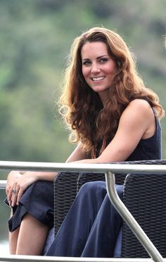 Duchess Catherine with her natural wavy hair, no blow out!