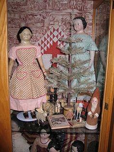 yum...dolls Old Dolls, Antique Dolls, Vintage Dolls, Antique Christmas, Primitive Christmas, Antique Quilts, Vintage Quilts, Fabric Dolls, Paper Dolls