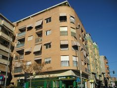 #Edificios #Contemporaneo #Exterior #Fachada #Barandillas #Ventanas